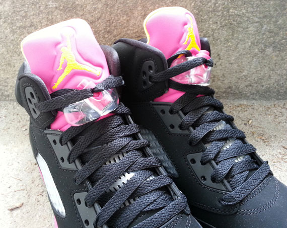 air-jordan-v-gs-black-bright-citrus-fusion-pink-arriving-at-retailers-7
