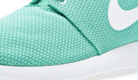 green:white roshe run money shot