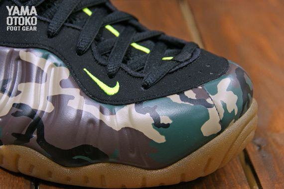nike-air-foamposite-special-ops_02