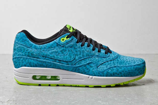 nike-air-max-1-fb-blue-leopard-1-1