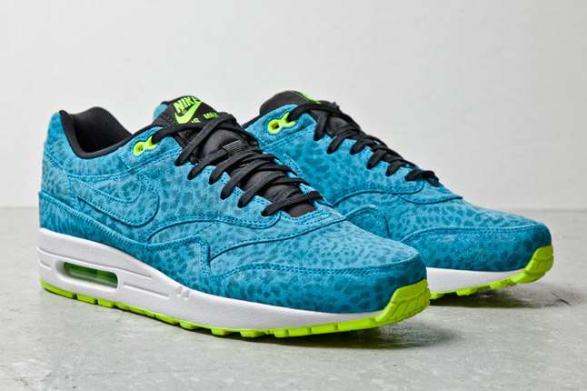 nike-air-max-1-fb-blue-leopard-2-1