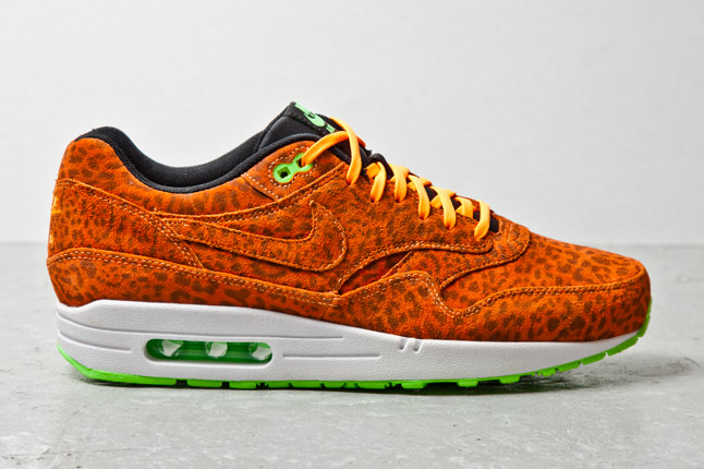 nike-air-max-1-fb-orange-leopard-2