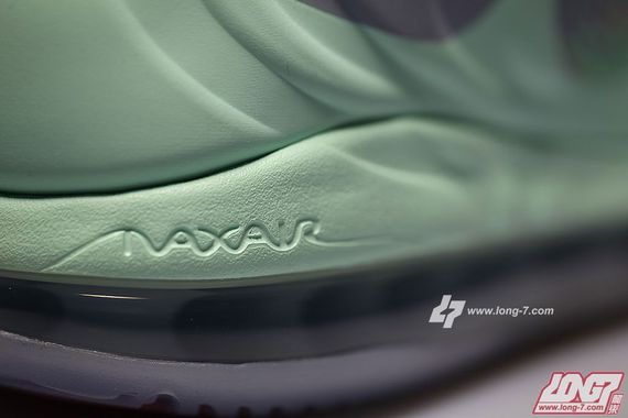 nike-air-max-hyperposite-mint-rajon-rondo-pe-07_result
