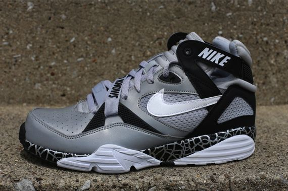 nike-air-max-trainer-91-bo-knows_result