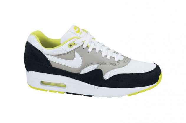 nike-am1-4-new-colors-2-630x419