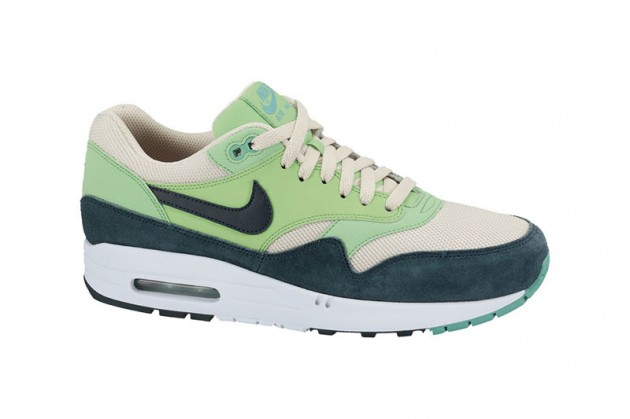 nike-am1-4-new-colors-4-630x419