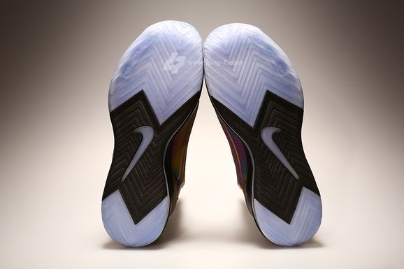 nike-hyperflight-hologram_result