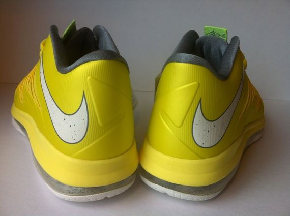 nike-lebron-10-oregon_03