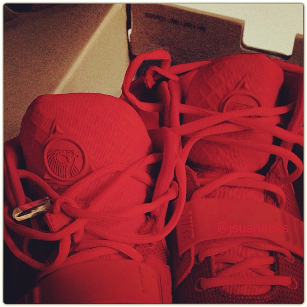 red-yeezy-2_02