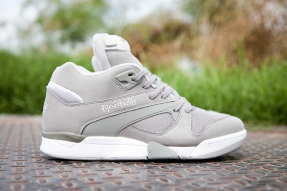 reebok-court-victory-pump-grey-white-1-570x379