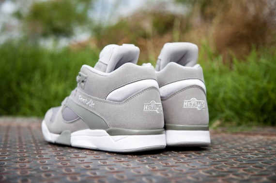 reebok-court-victory-pump-grey-white-3-570x379