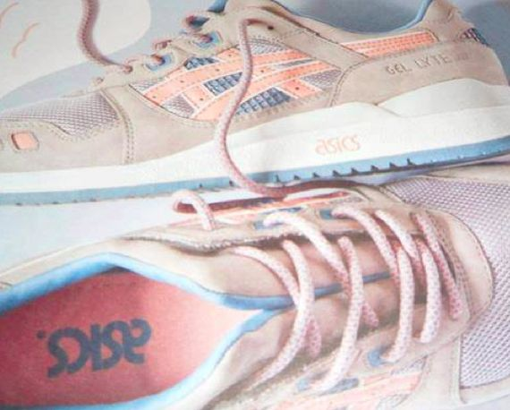 ronnie-fieg-asics-flamingo_02_result