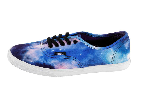vans-authentic-lo-pro-cosmic-galaxy-1
