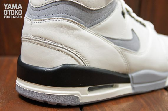 Nike-Air-Revolution-Grey-White-BLack_08_result