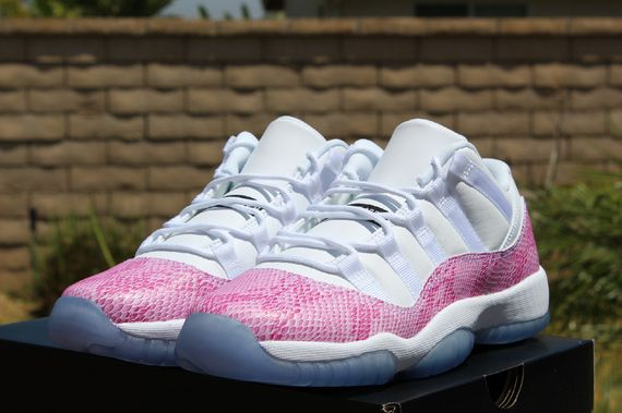 air-jordan-11-low-pink_02_result