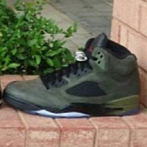 air-jordan-5-retro-fear_02