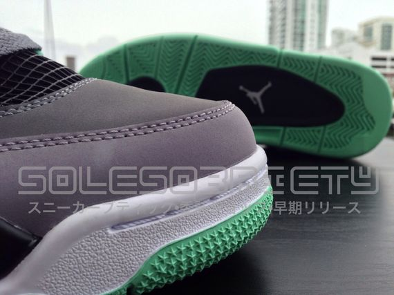 air-jordan-green-glow_02_result