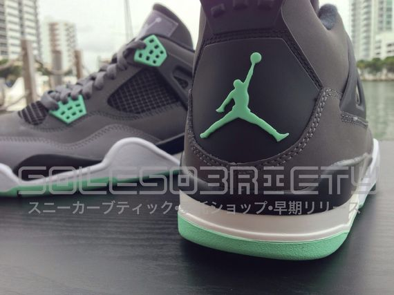 air-jordan-green-glow_result