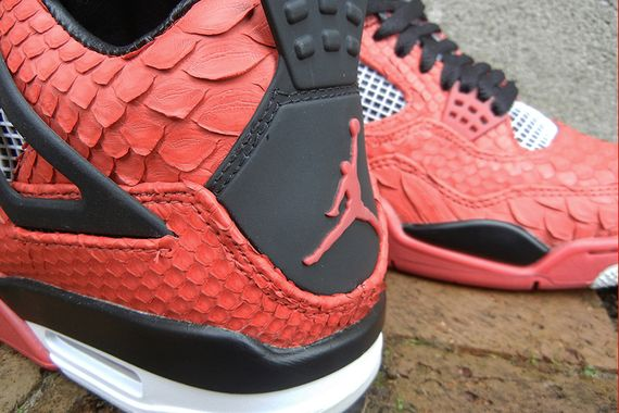 air-jordan-iv-red-python-jbf-customs-5_result