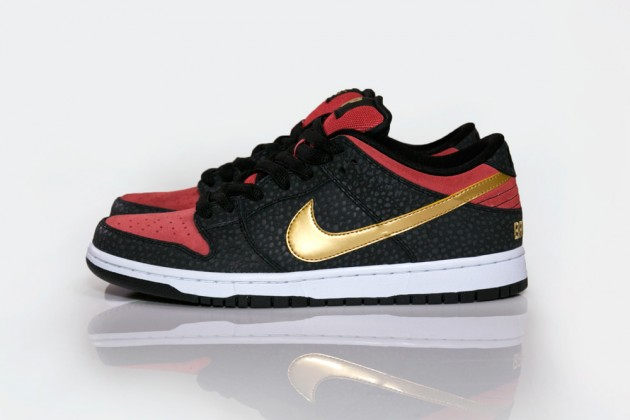 brooklyn-projects-nike-sb-dunk-low-walk-of-fame-01-630x420