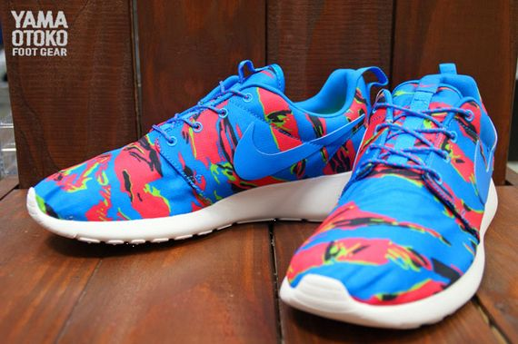 color camo-roshe run-nike