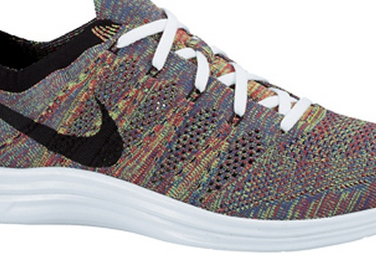 fall2013-lunar flyknit cover shot