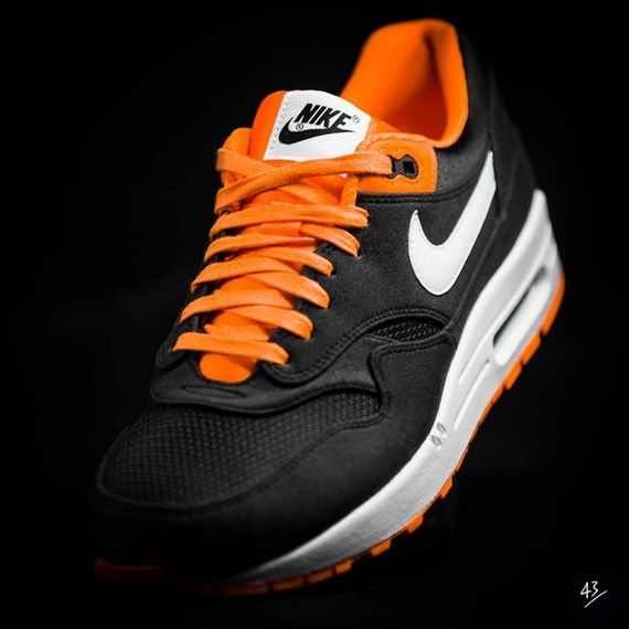 fb venom-air max 1-nike_03