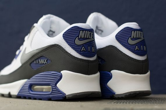 nike-air-max-90-white-navy