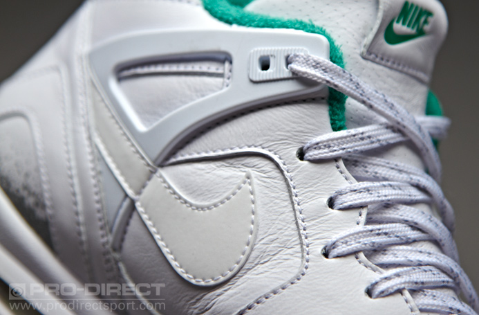 nike-air-tech-challenge-ii-white-court-green-5