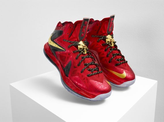nike-lebron-x-championship-pack-04_result