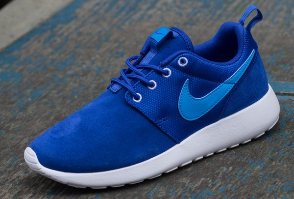 nike-roshe-run-gs-03-600x405