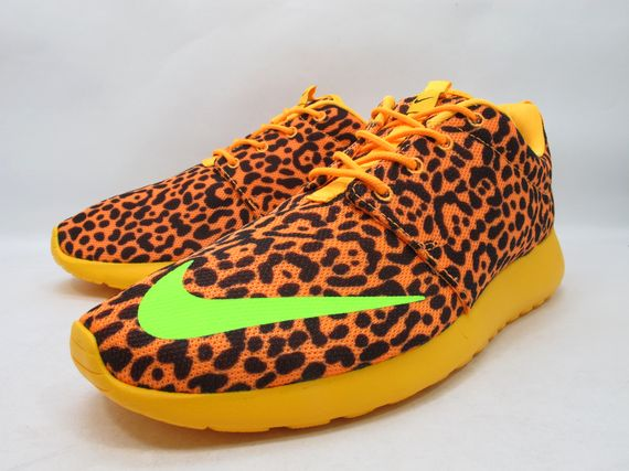 nike-roshe-run-leopard_02_result