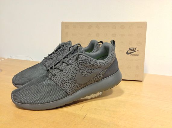 nike-roshe-run-safari_04