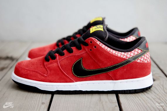 nike-sb-dunk-low-firecracker-pack-3_result