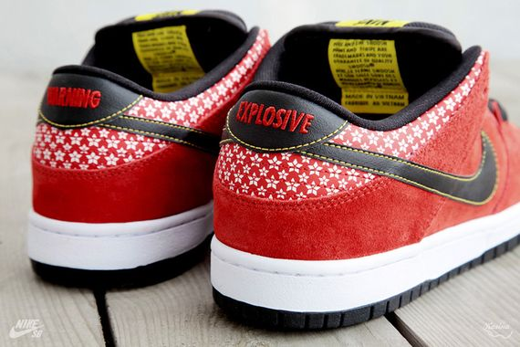 nike-sb-dunk-low-firecracker-pack-7_result