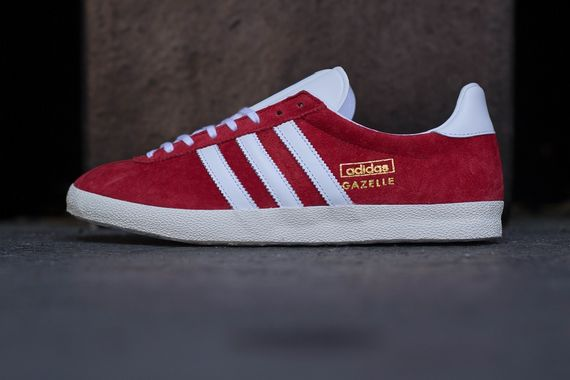 unired-white-chalk-gazelle og-adidas_02