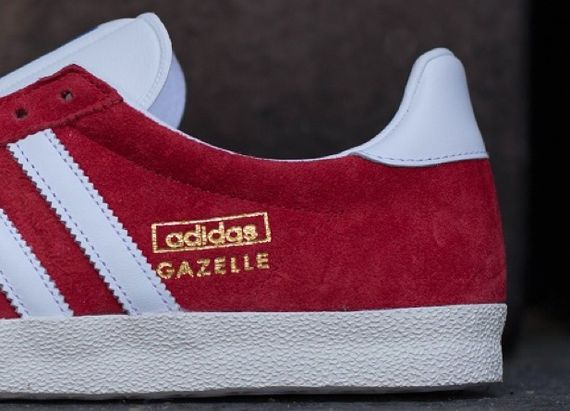 unired-white-chalk-gazelle og-adidas_03