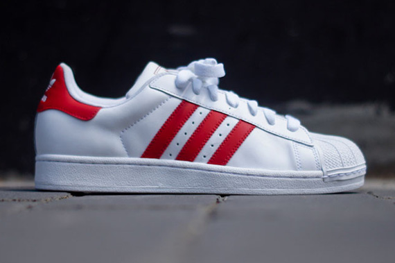 white-red-superstar II-adidas originals_02