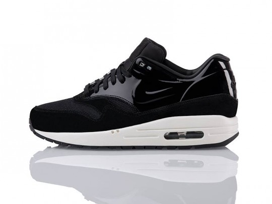 Air-Max-1-black-pack-vt-02-540x405