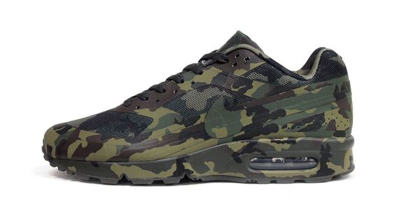 Nike-Air-Classic-BW-France-SP-Camo_03_result