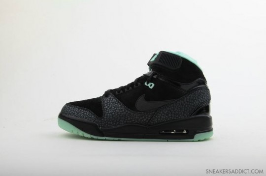 Nike-Air-Revolution-His-Hers-Pack-21-540x358