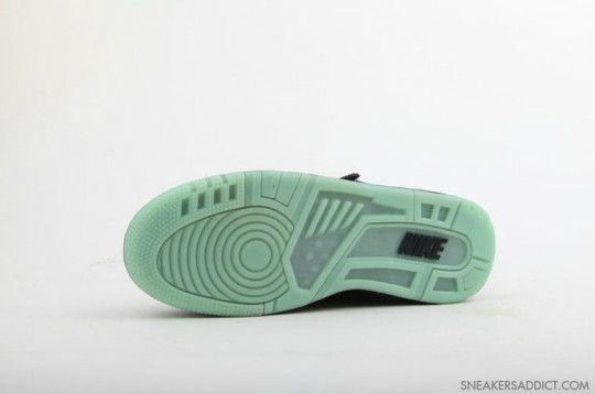 Nike-Air-Revolution-His-Hers-Pack-5-540x358