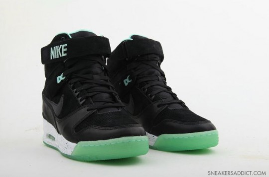 Nike-Air-Revolution-His-Hers-Pack-7-540x357