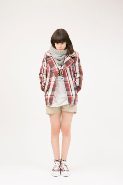 a bathing ape-womens collection-2013 fal-winter_05