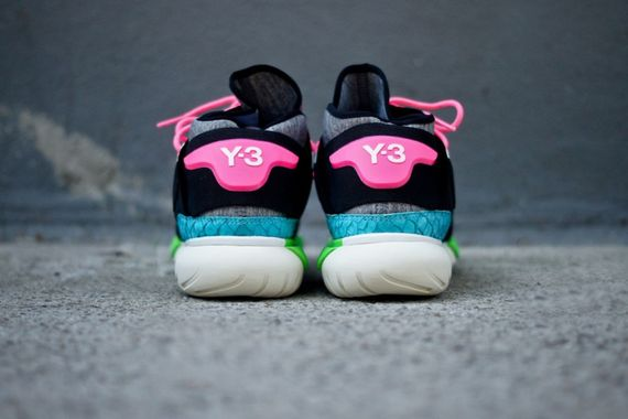 adidas-y3-qasa high-black-neon_07