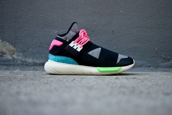 adidas-y3-qasa high-black-neon_08