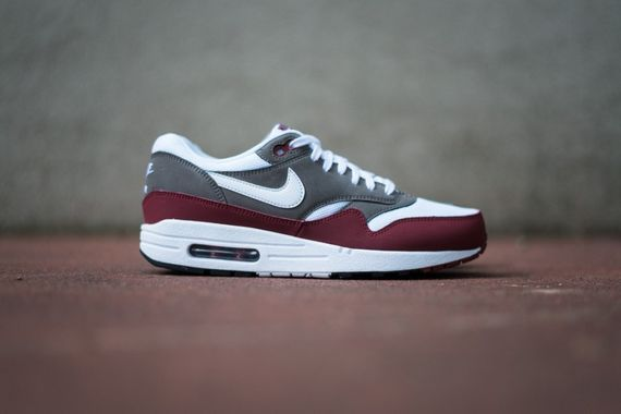 air max 1-burgundy-essential-nike_02_result