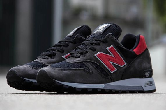 new balance 1300 black red