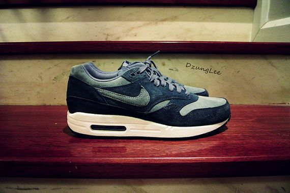 blue-suede-nike-air-max-1-_03