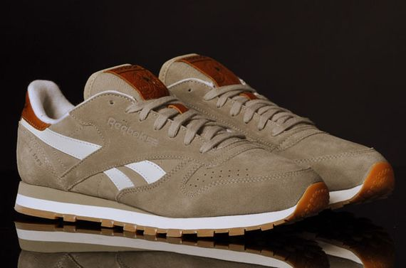 canvas beige-classic leather-reebok